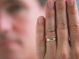 Как приворожить женатого мужчину?