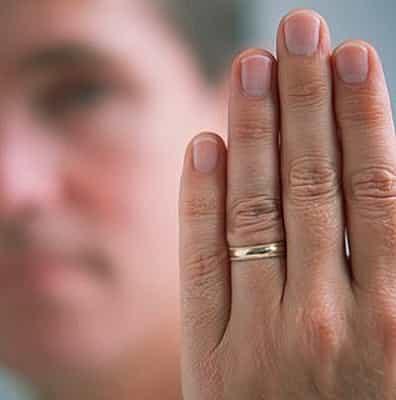 приворожить женатого мужчину